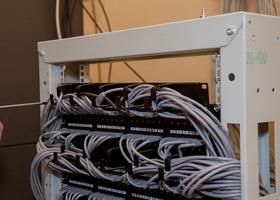 Монтаж и настройка <br /> сетевого оборудования. <br /> Коммутационная стойка.